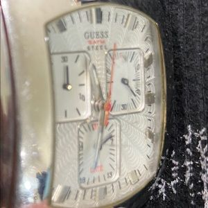 Vintage Men Guess genuine leather watch
